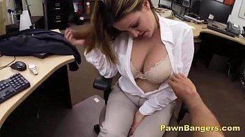Sexo na loja de penhor