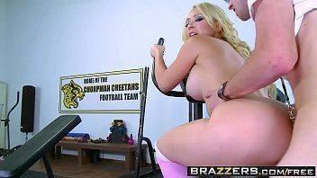 Xnxx porno com uma safada da academia