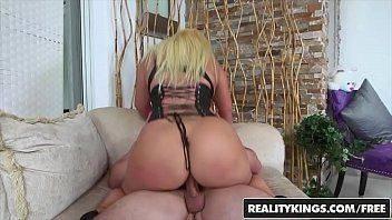 Xnxxx com mulher madura dos peitos grandes